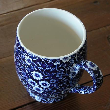 Burleigh(バーレイ) ブルーキャリコ フーテッドマグカップ