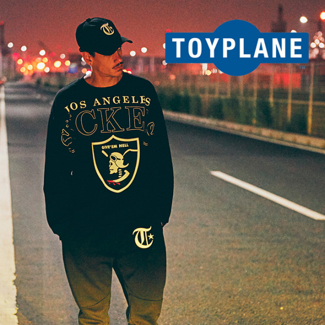 【SALE40%OFF】 TOYPLANE(トイプレーン) EMBLEM CREW NECK SWEAT 【2018AUTUMN/WINTER新作】 【クルーネック スウェット】【TP18