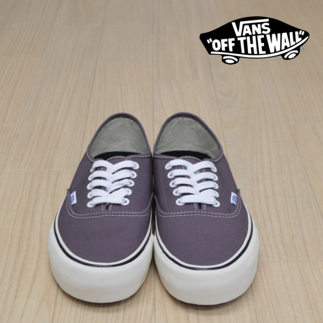 【VANS(バンズ)】 AUTHENTIC SF (SKULLS) BLACK PLUM/MARSHMALLOW 【VANS スニーカー】【オーセンティック】【VN0A3MU6VLB】