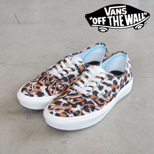 VANS(バンズ)(ヴァンズ) COMFYCUSH AUTHENTIC (FLAME EMBROIDERY)LEOPARD MARSHMALLOW 【オーセンティック コンフィクッシュ】【定