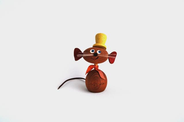 ネズミの木製人形(Sweden)