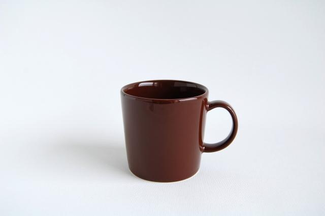 iittala/イッタラ TEEMA/ティーマ マグカップ ブラウン 001