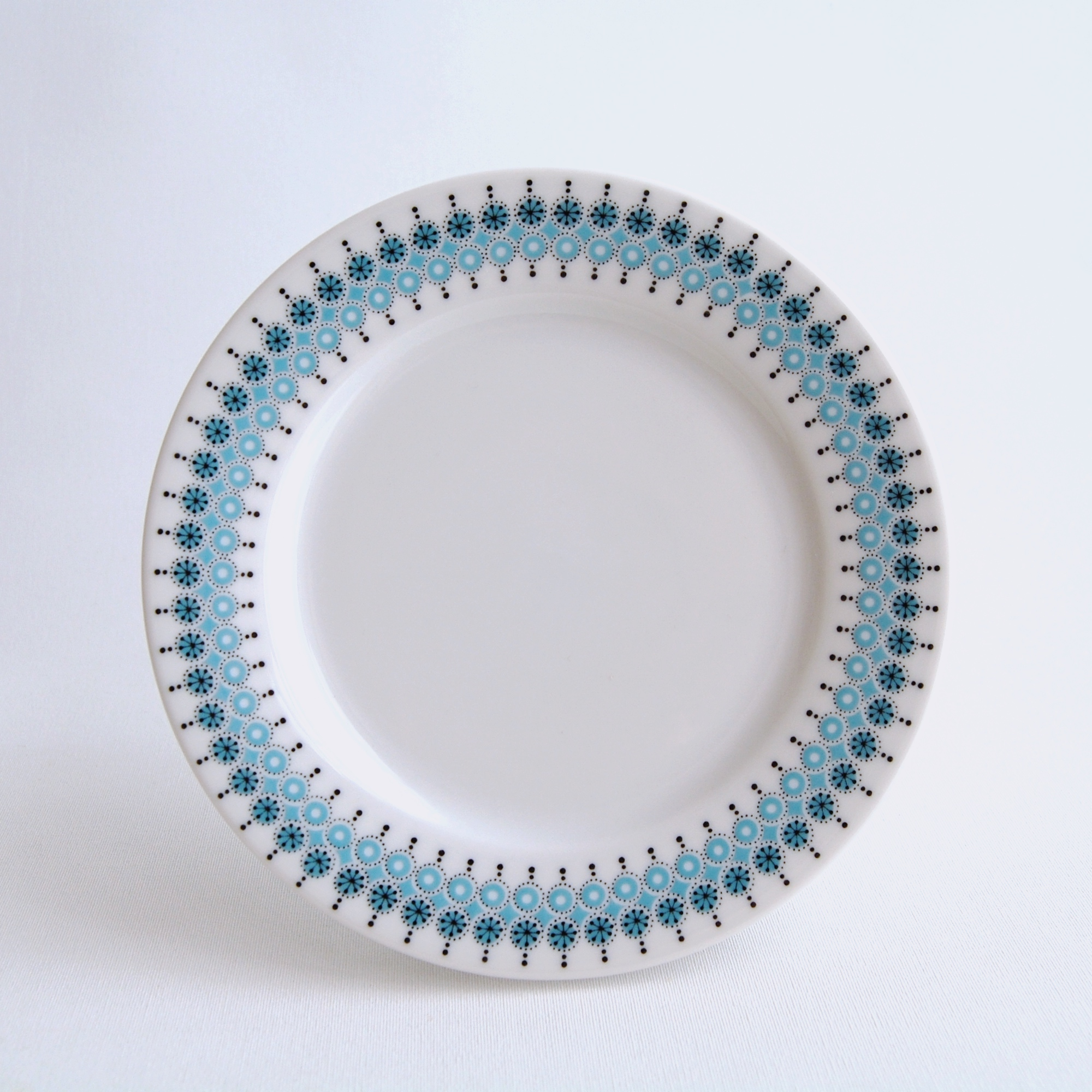 ARABIA/アラビア Louhi/ロウヒ 17cmプレート 01