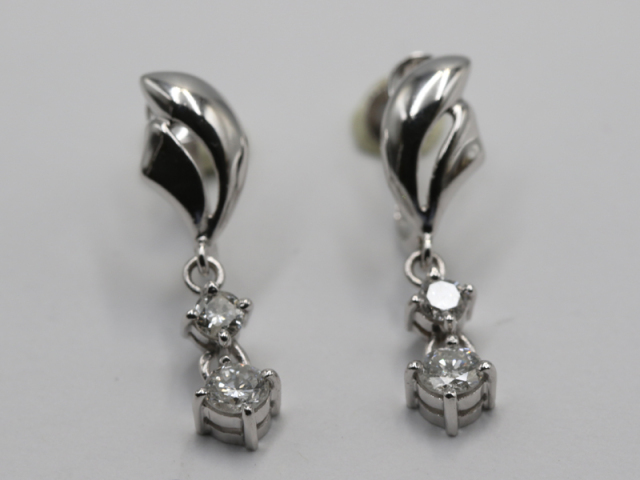 ☆【PT850 プラチナ 】ブラタイプイヤリング ダイヤモンド0.25ct 0.25ct 3.4g レディス 10725-0