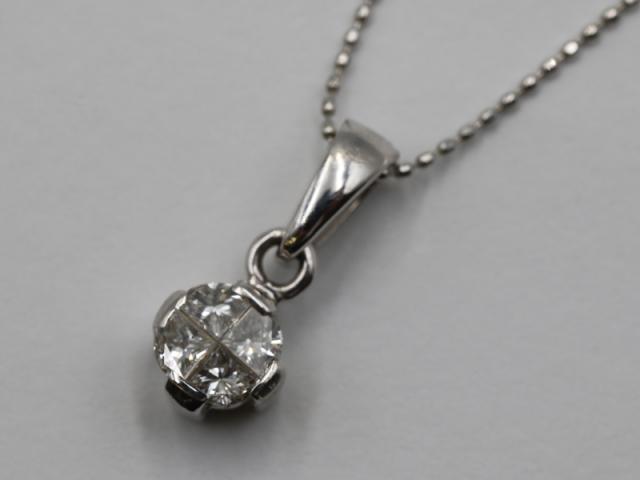☆新着【K18WGホワイトゴールド】ペンネック ダイヤモンド0.41ct 3.1g 11371-0