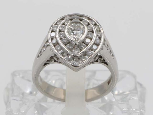 ☆新着【PT900 プラチナ】指輪 リング ダイヤモンド0.41ct ダイヤ1.18ct レディス 11.3g 15号 5097-0