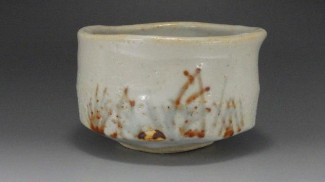 東雲窯(志野抹茶茶碗)