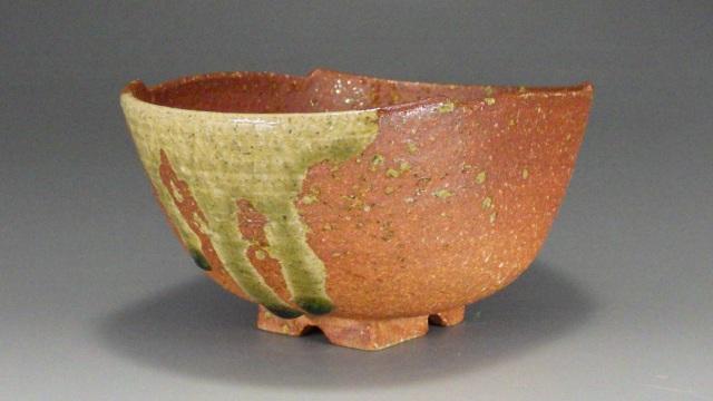 宇田多隆和(信楽焼花桶写し抹茶茶碗)