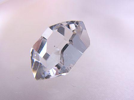 ハーキマーダイヤモンド ☆ 煌きが美しい高品質ルース(原石) 15 mm/7.0 カラット