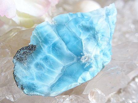 ラリマー ☆ 美しい青の原石プレート (66.5 mm× 36.5 mm)