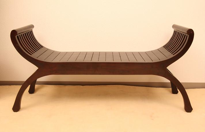 ベンチタイプ・アームと脚の曲線がバリを代表する美しいデザイン。ディスプレイ台としても使える!【A-040BR】《送料無料》