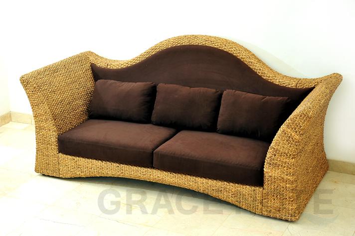 《送料無料》流れるラインが美しいデザインに仕上げた座り心地抜群のソファ【WS71-3PW】