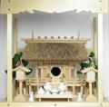 神棚 茅葺一社宮 正殿型〈K-8〉+神具セット(フル・中)+神棚板+雲板(中)のセット