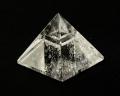 水晶ピラミッド No.4