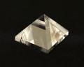 水晶ピラミッド No.17