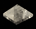 水晶ピラミッド No.25