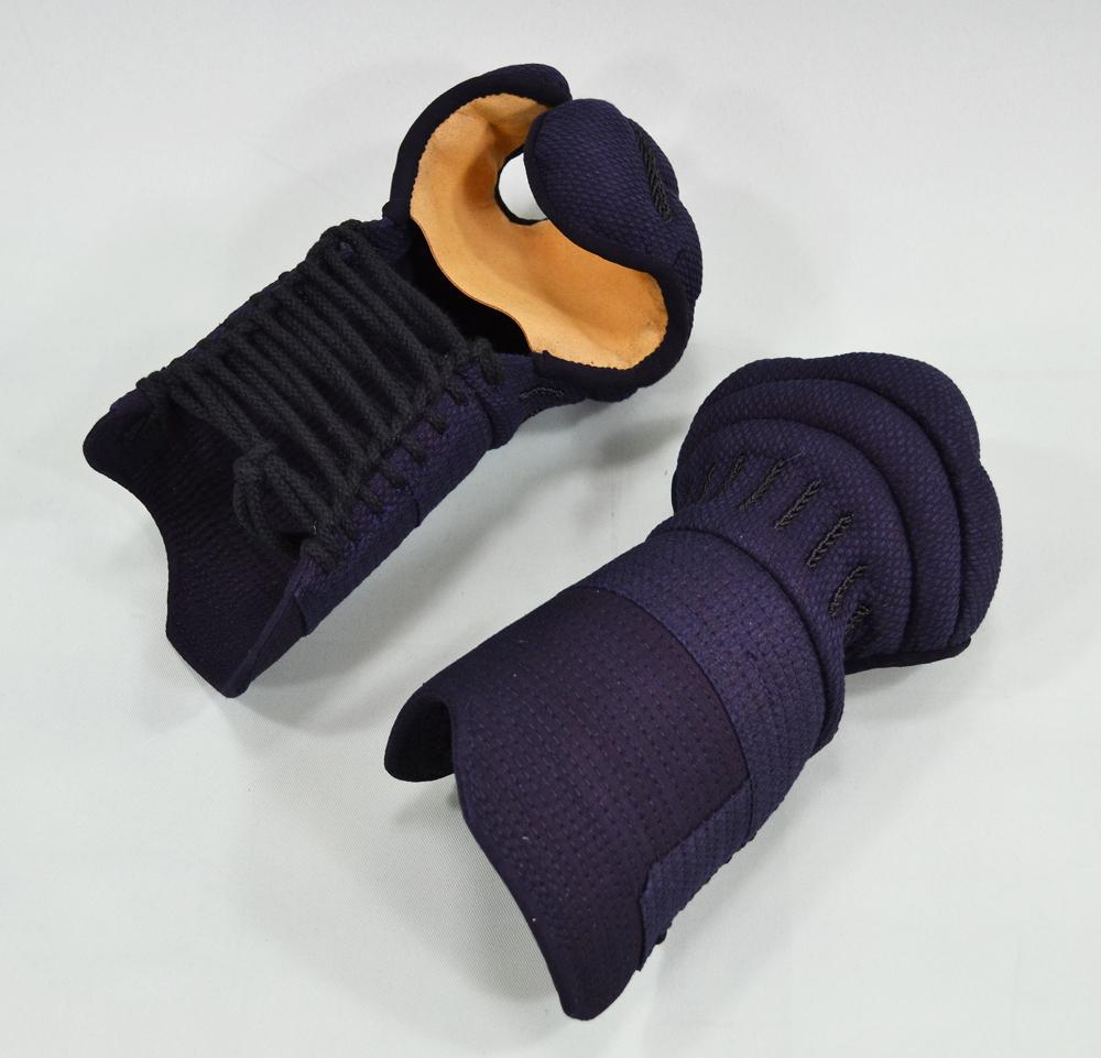 5ミリ総織刺甲手 手の内茶合成革 S・M・Lサイズ
