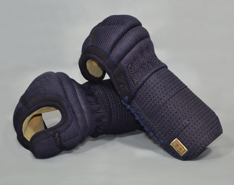 【誠山甲手】 5ミリ織刺甲手 爪革付 手の内ミクロパンチ