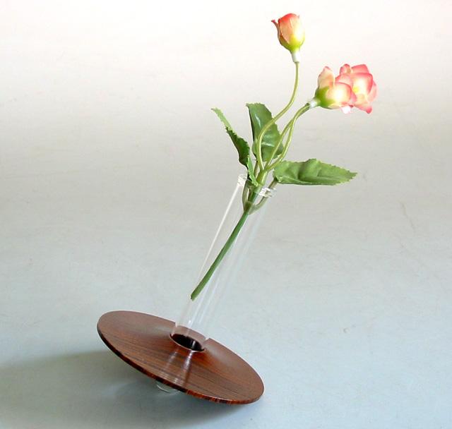 ディスク花生け コーン   木製 漆塗り 花器 花瓶(製造中止)