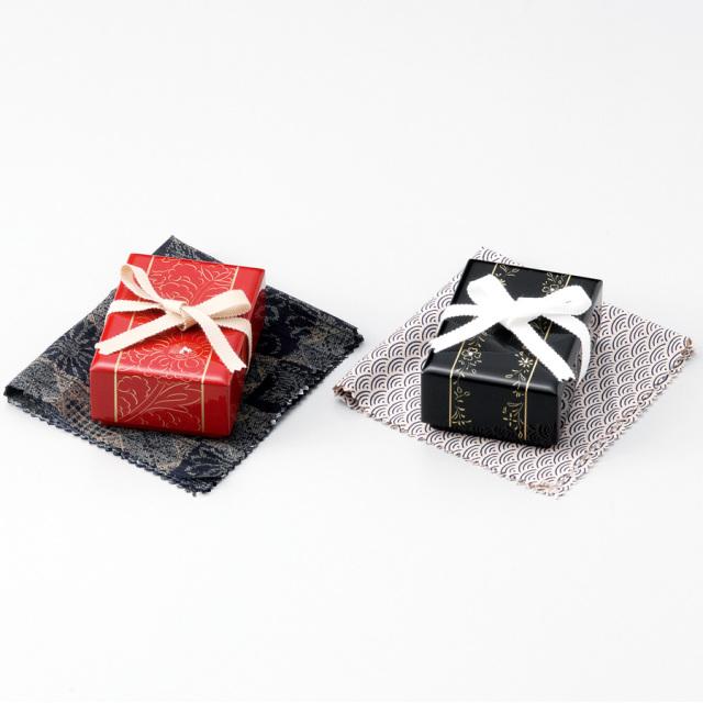 牡丹彫 小箱 朱/黒 【送料無料】 漆塗り・木製