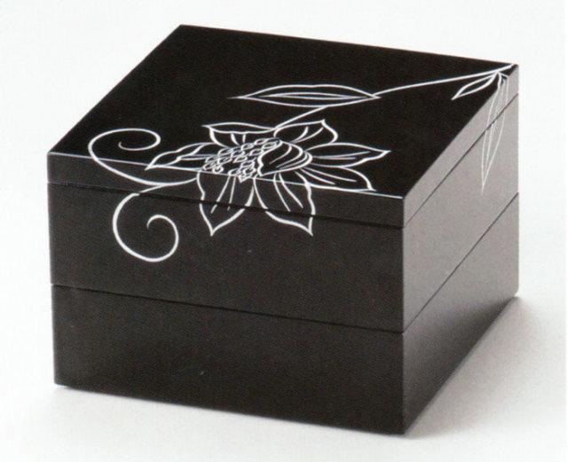 二段重箱 花唐草  黒内朱(製造中止) 漆塗りお重箱