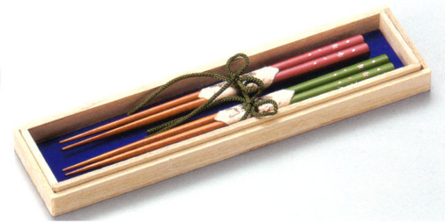 ふたり箸 桜散らし 緑・ピンク(製造中止) 木製 漆塗り