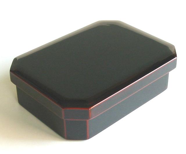 うるし隅切弁当箱 溜 (製造中止) 木製 漆塗り 木のランチボックス