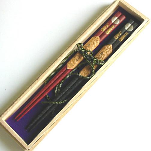 夫婦箸 本乾漆 月うさぎ 桐箱入 木製 漆塗り