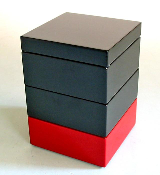 塗分三段重箱 黒朱 4寸(製造中止) 木製 漆塗りお重箱