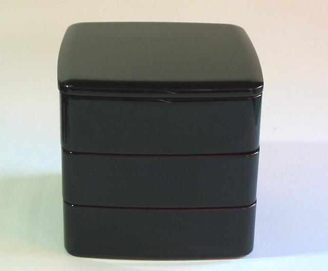 胴張三段重箱 隅丸 溜内朱 6.5寸(製造中止) 木製 漆塗りお重箱
