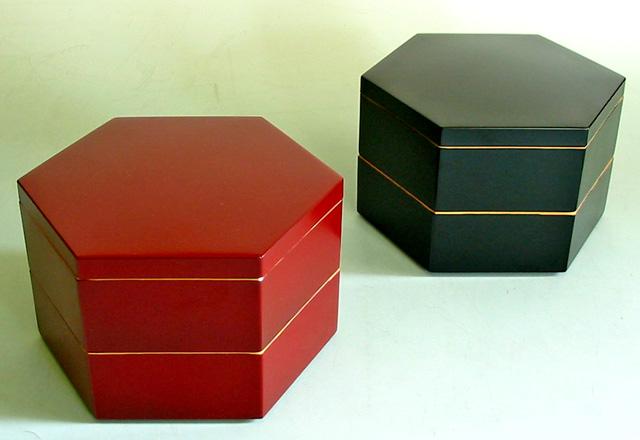 六角二段重箱 渕金(製造中止)
