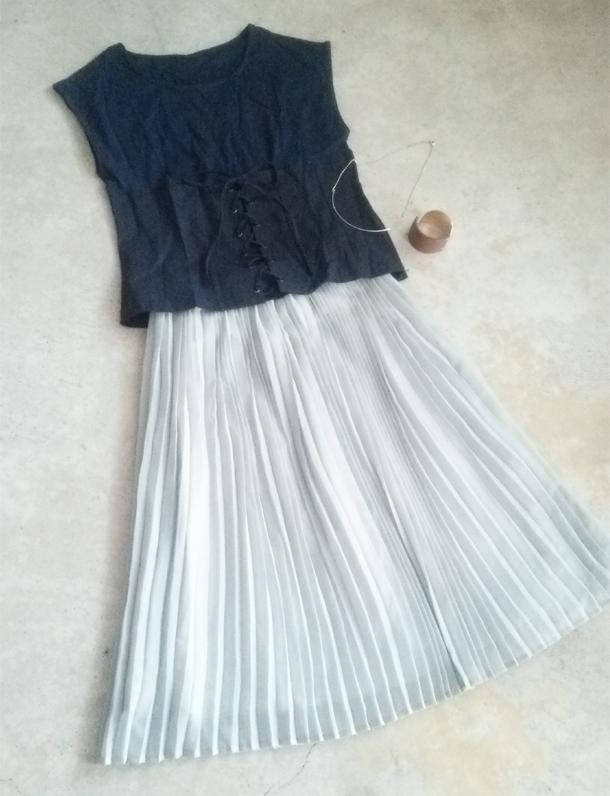 イタフラ秋の感謝祭!編み上げレースアップトップス×プリーツが美しいオトナなヒザ下丈スカート☆ウエストゴムで楽ちん♪