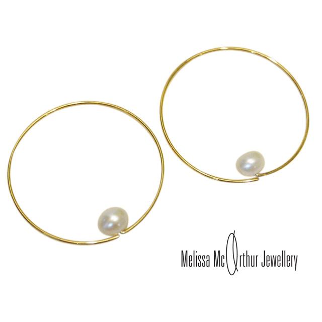Melissa Mcarthur Jewellery ロンドン発ワイヤージュエリー22kゴールド 淡水パールピアス フープ メリッサマッカーサージュエリー