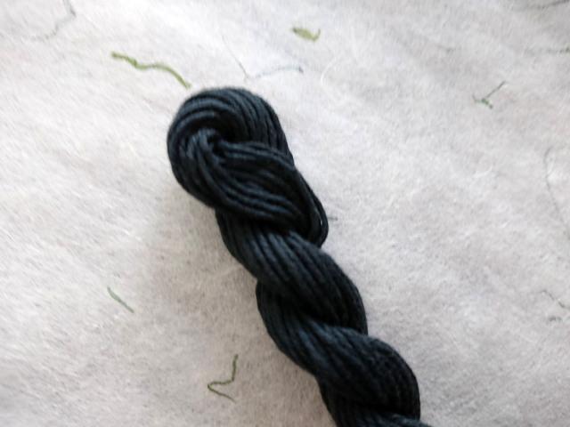 憲法 黒 染め 糸