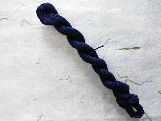 本藍 染 糸 勝色 濃紺