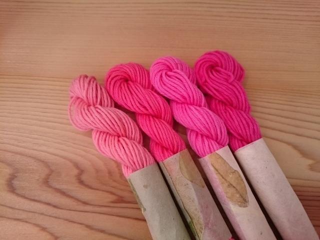 紅花染め 糸