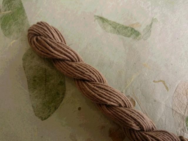 泥染 テーチギ 糸 カーキ