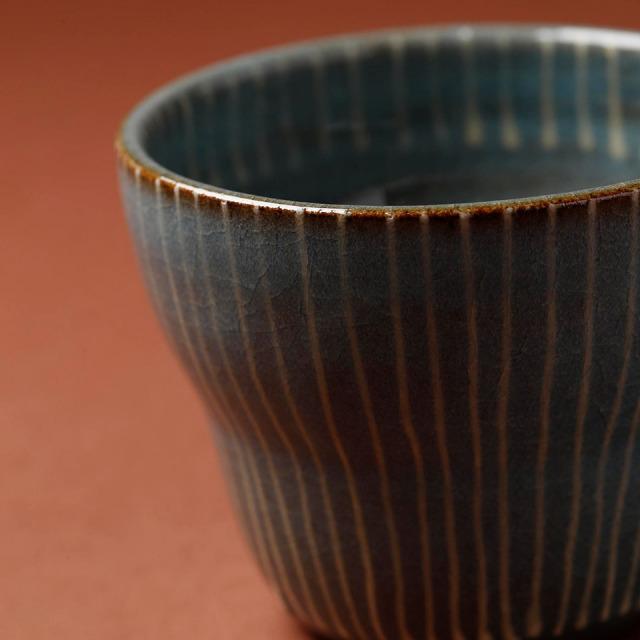 青磁フリーカップ(ストライプ)【うつわと手仕事の店 研(敦賀研二)】