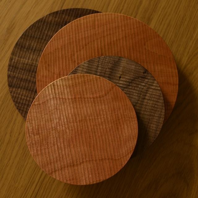 ふるいともかず 木製さざ波 丸プレート