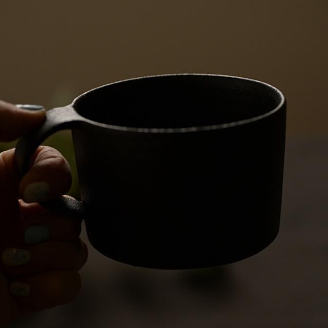 大野香織 銹黒マグカップ ストレート