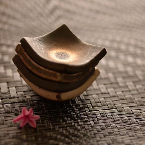 奥田章 箸置き無地  (yakumi)