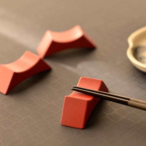 甲斐のぶお工房 木製2way箸置き 赤