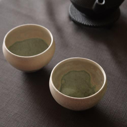 徳山久見子 light green カップ(フリーカップ、湯飲み)