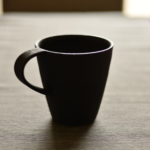 大野香織 黒釉マグカップ トール