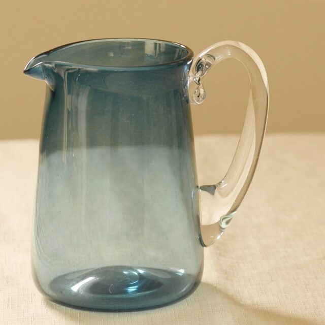 神澤麻紀 blue pitcher