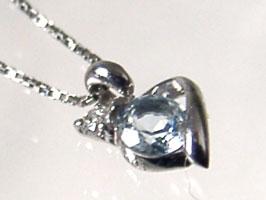K18WGアクアマリン・ダイヤモンド・ネックレス(3月の誕生石)