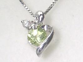 8月の誕生石 ペリドット K18WGペリドット・ダイヤモンド・ネックレス
