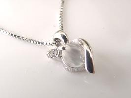 6月の誕生石 ムーンストーン K18WGムーンストーン・ダイヤモンド・ネックレス