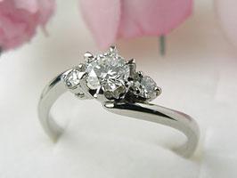 ダイヤモンド・リング F/VVS2 VERY GOOD 0.365CT[プラチナ指輪]♪
