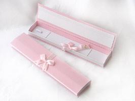 リボン形 ネックレスケース ピンク☆